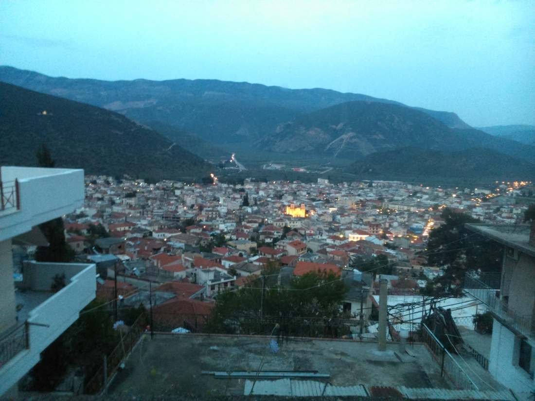 Amfissa-by-night-2015